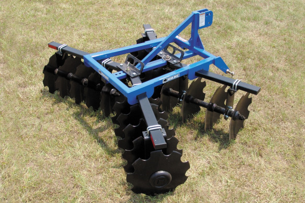 Bush Hog Landscaping Tools & | 1D Series Lift Disc Harrows | Model 1D78 for sale at Cisco Equipment, Texas and New Mexico