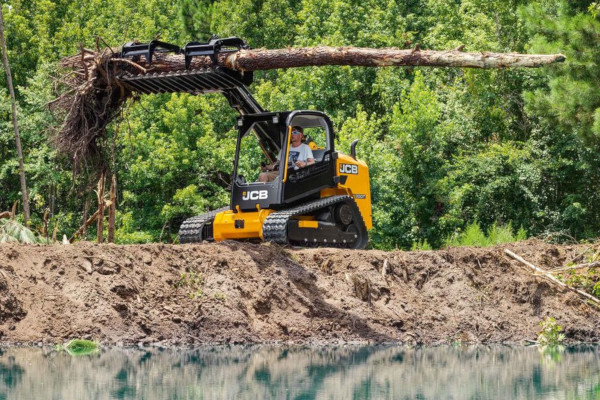 JCB | Compact Track Loaders | Model 300T for sale at Cisco Equipment, Texas and New Mexico