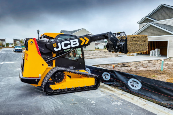 JCB | Compact Track Loaders | Model 3TS-8T for sale at Cisco Equipment, Texas and New Mexico