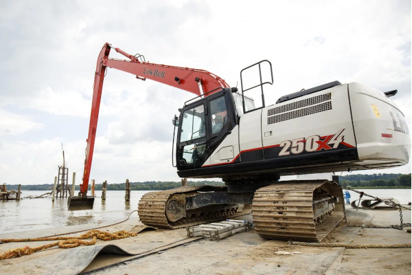 Link-Belt Excavators 250 X4 LF for sale at Cisco Equipment, Texas and New Mexico