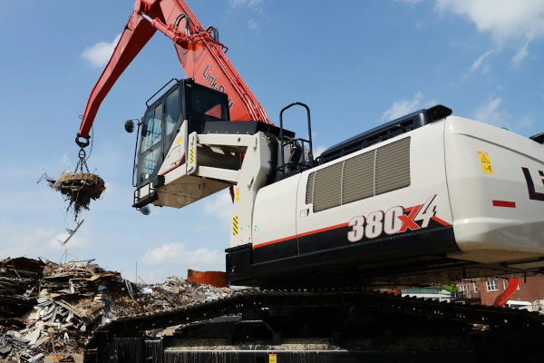 Link-Belt Excavators | Material Handlers | Model 380 x4 MH for sale at Cisco Equipment, Texas and New Mexico