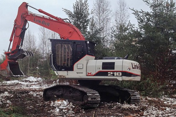 Link-Belt Excavators | X2 Forestry Series | Model 210 X2 Road Builder for sale at Cisco Equipment, Texas and New Mexico