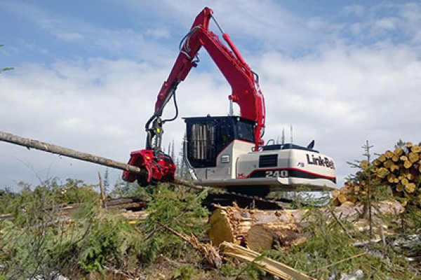 Link-Belt Excavators | X2 Forestry Series | Model 240 X2 Processor for sale at Cisco Equipment, Texas and New Mexico