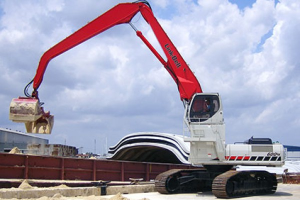 Link-Belt Excavators | Material Handlers | Model 600 LX MH Tier 3 for sale at Cisco Equipment, Texas and New Mexico