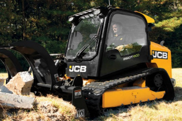 JCB | Compact Track Loaders | Model 260T for sale at Cisco Equipment, Texas and New Mexico