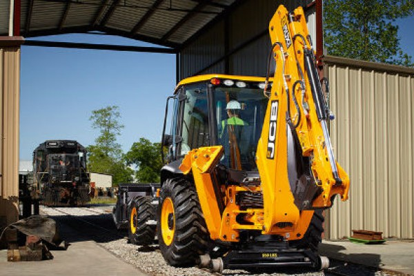 JCB Dymax Rail System Backhoe for sale at Odessa, Lubbock, San Angelo, Texas and Artesia, New Mexico